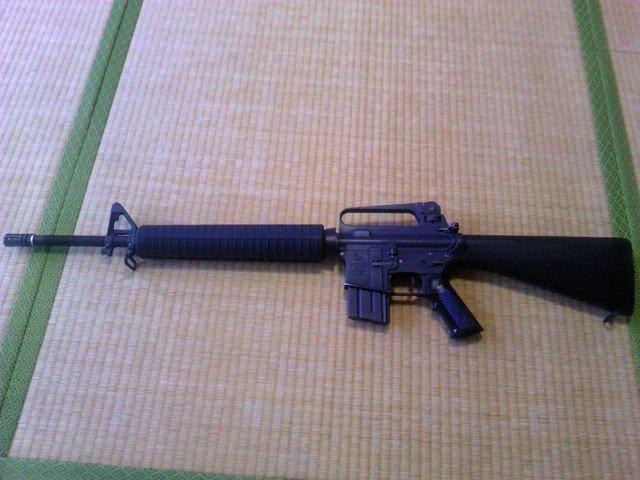 M16A2 20連マガジン装着