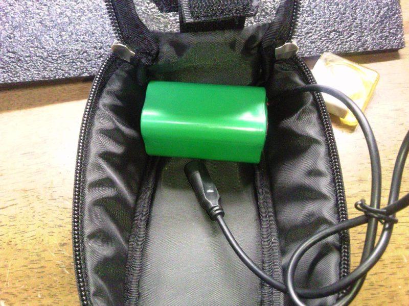 トップチューブバッグ バッテリー収納