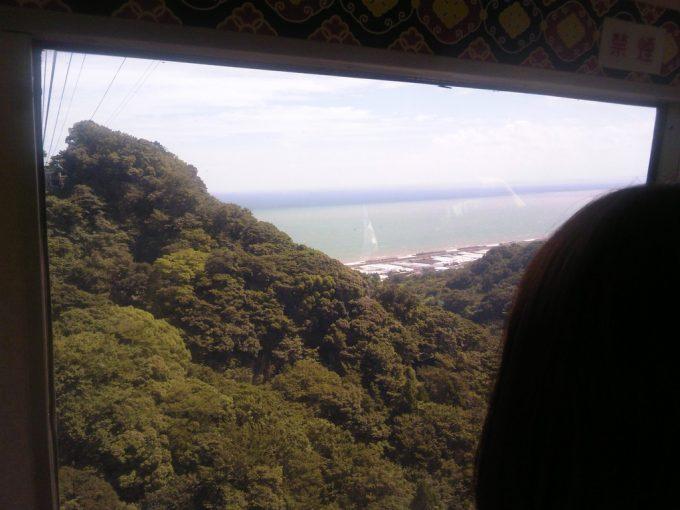 静岡 日本平ロープウェイ ロープウェイからの眺め4