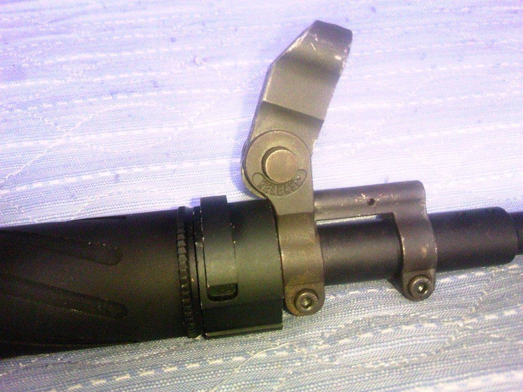 5KU SUREFIRE CA556 AR203タイプ ハイダー&サプレッサー 11.5インチバレル装着例3