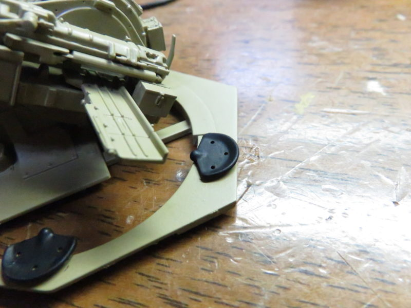 3.7cm Flak43 座席の塗装3