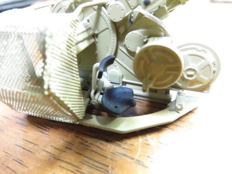 3.7cm Flak43 座席の塗装4