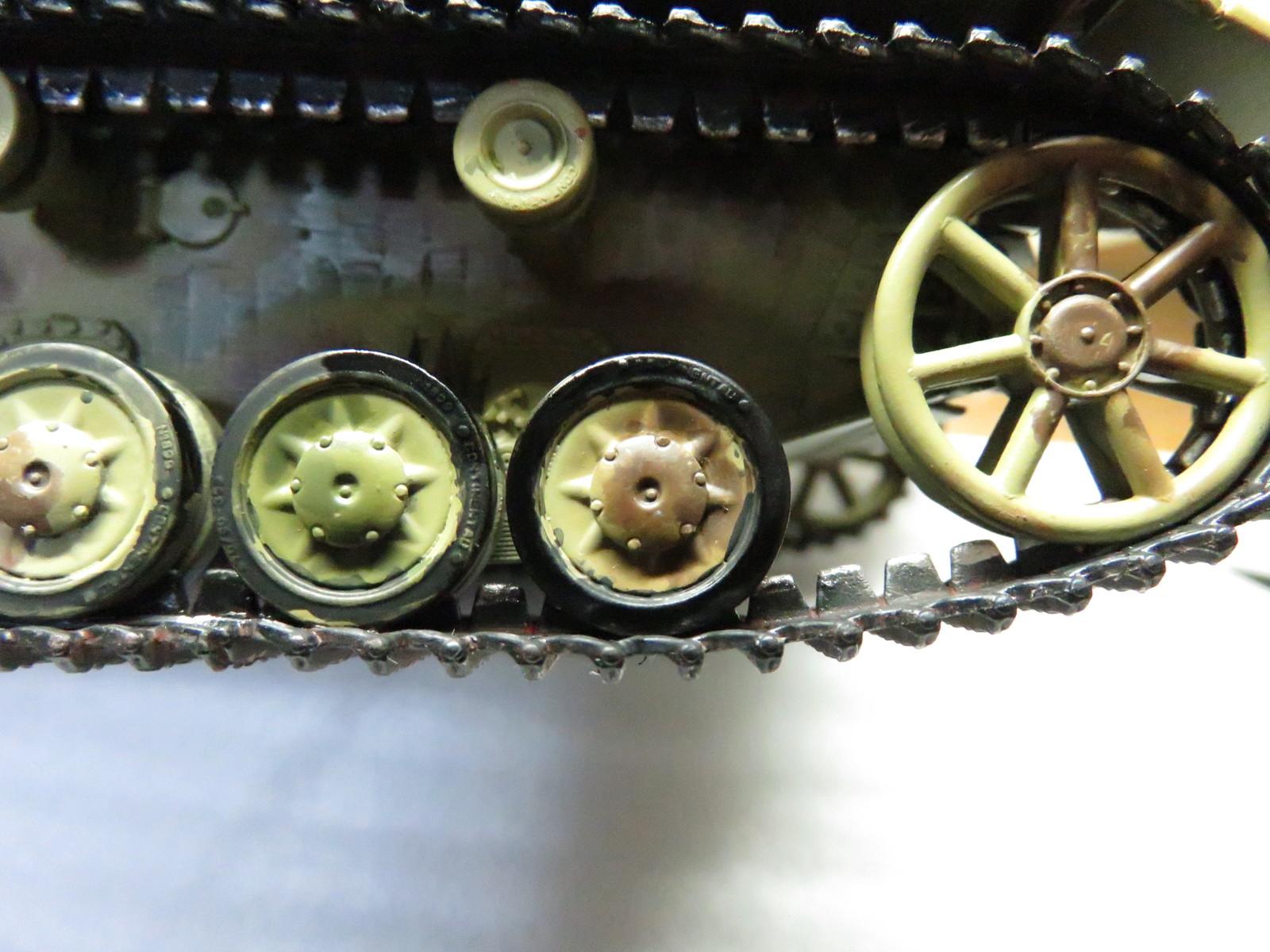 オストヴィント 転輪の塗装3