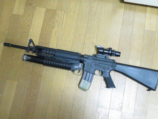 M203を搭載したM16A4はこんな感じ