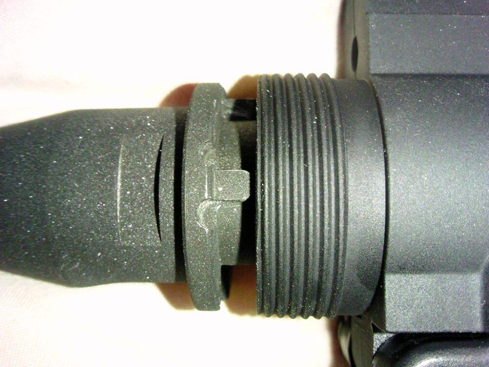 M4A1 フレームとバレルの隙間