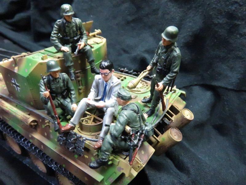 ケーリアンに乗るドイツ兵士とサボリーマン2