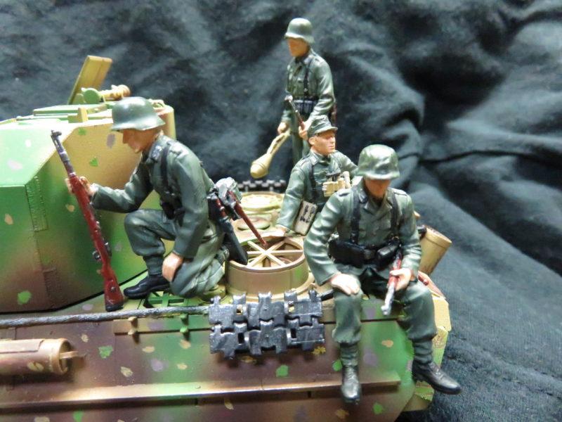 ケーリアンに乗るドイツ兵2