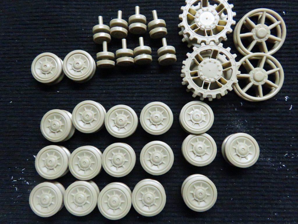 メーベルワーゲン試作型 転輪の完成