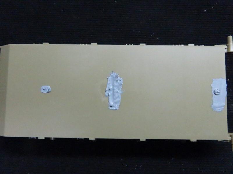メーベルワーゲン試作型 車体下部の穴埋め2