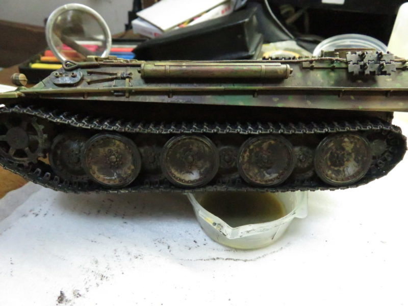 ケーリアン 履帯・転輪の泥汚れ再現2