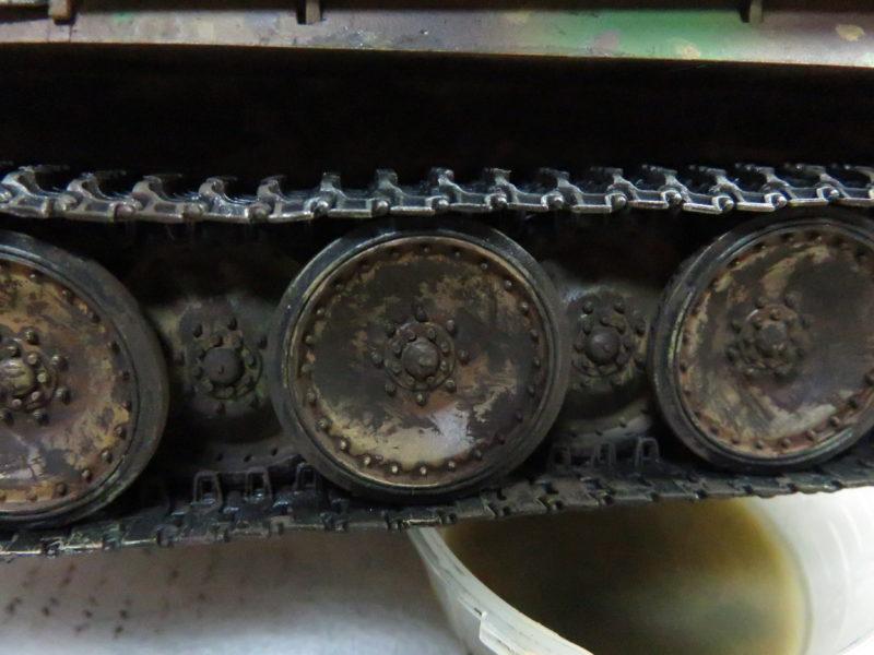 ケーリアン 履帯・転輪の泥汚れ再現3