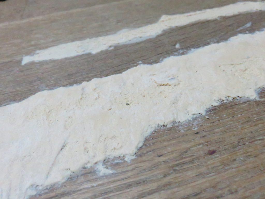デコボコの木工パテ