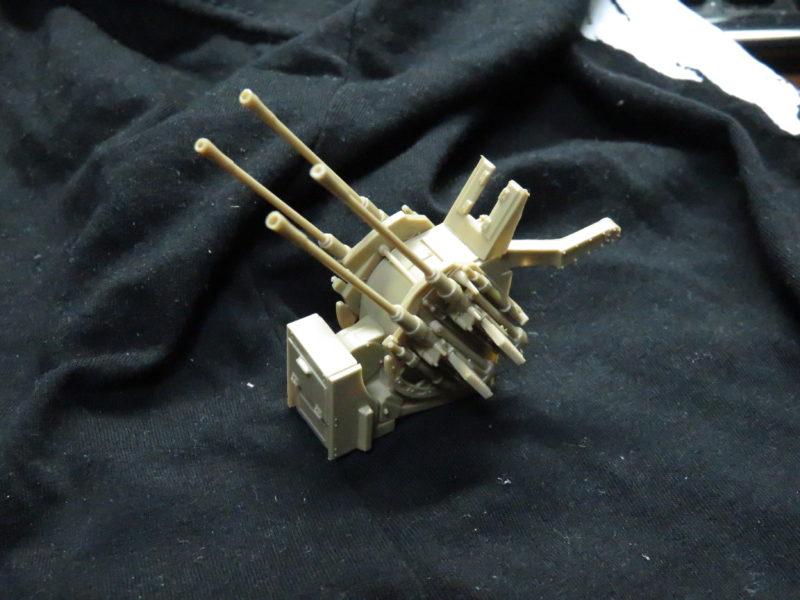 メーベルワーゲン試作型 Flakvierling38 銃座の取り付け