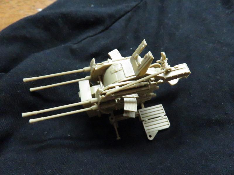 メーベルワーゲン試作型 Flakvierling38 水平射撃