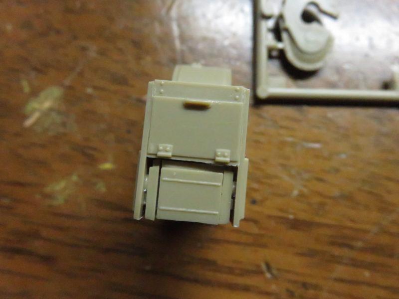 メーベルワーゲン試作型 Flakvierling38 台座組み立て5
