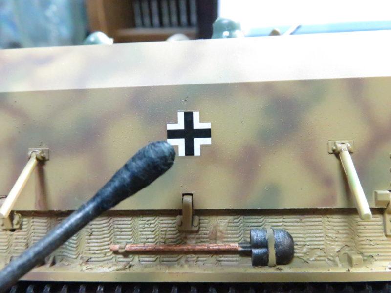 メーベルワーゲン試作型 デカールの貼り付け3