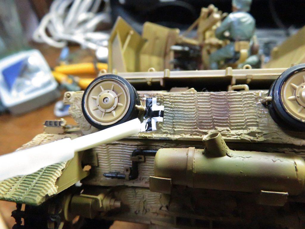 メーベルワーゲン試作型 デカールの貼り付け5