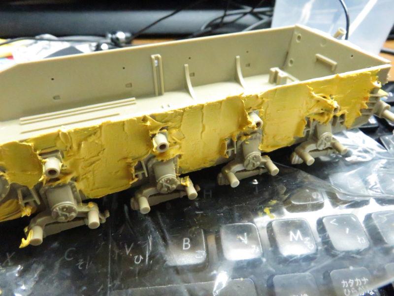 メーベルワーゲン試作型 車体下部側面のツィメリットコーティング