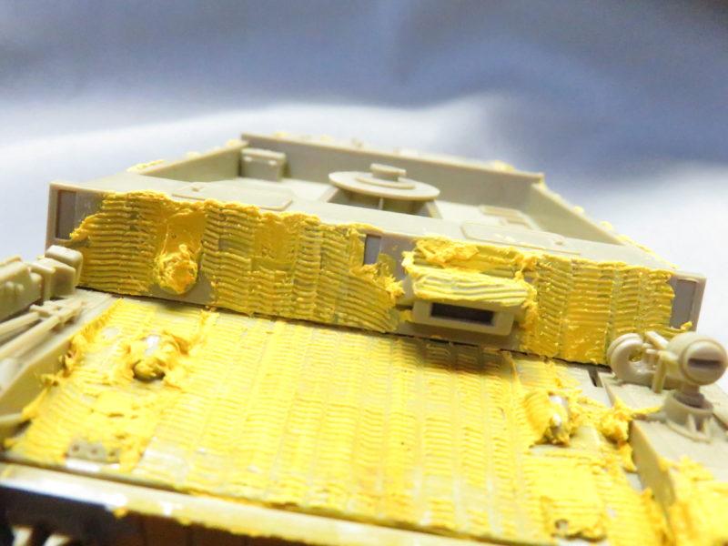 メーベルワーゲン試作型 前面装甲板のツィメリットコーティング