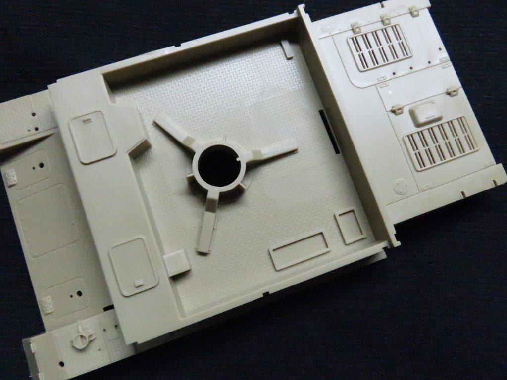 メーベルワーゲン試作型 車体上部