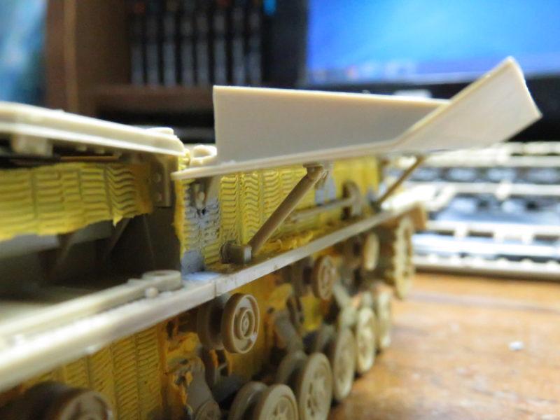 メーベルワーゲン試作型 装甲板の支柱2