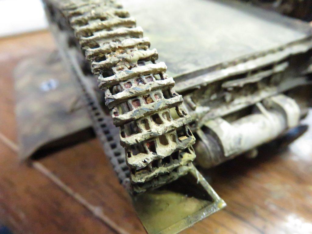 メーベルワーゲン試作型 履帯と転輪の泥汚れ5