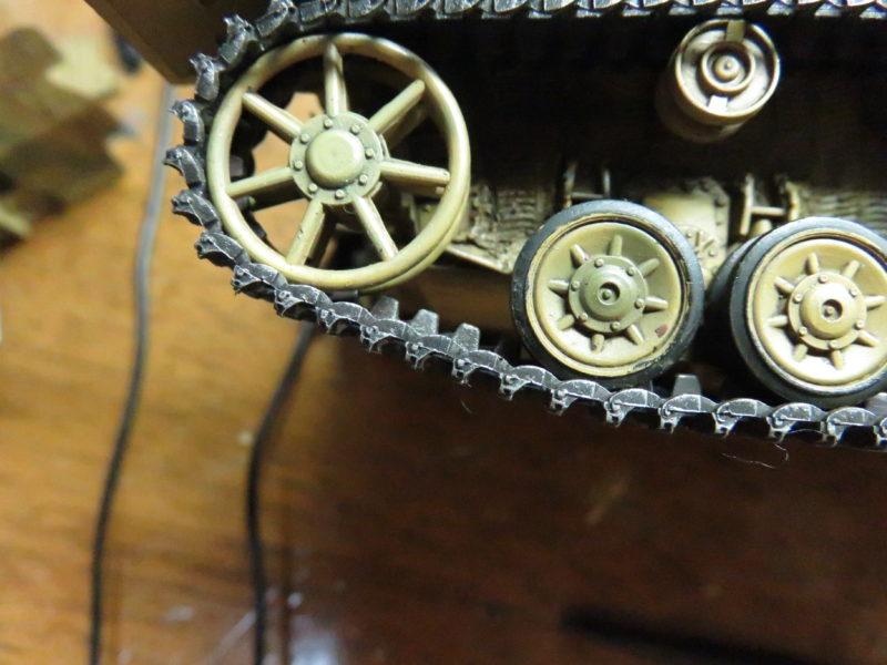 メーベルワーゲン試作型 履帯の摩耗再現3