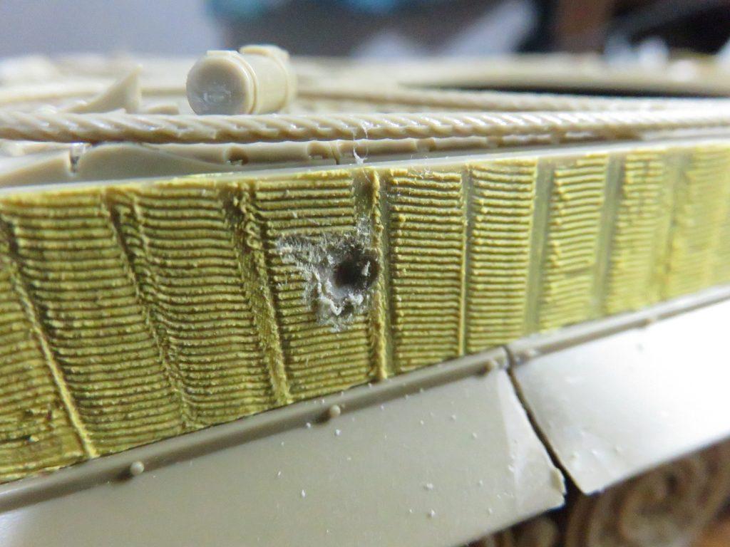 ティガーI後期型 装甲板のバトルダメージ