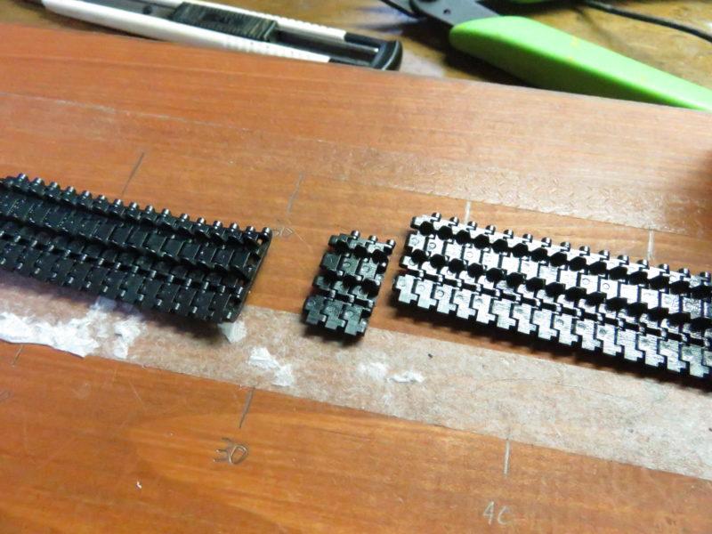ティーガーI後期型 連結式履帯の組み立て12