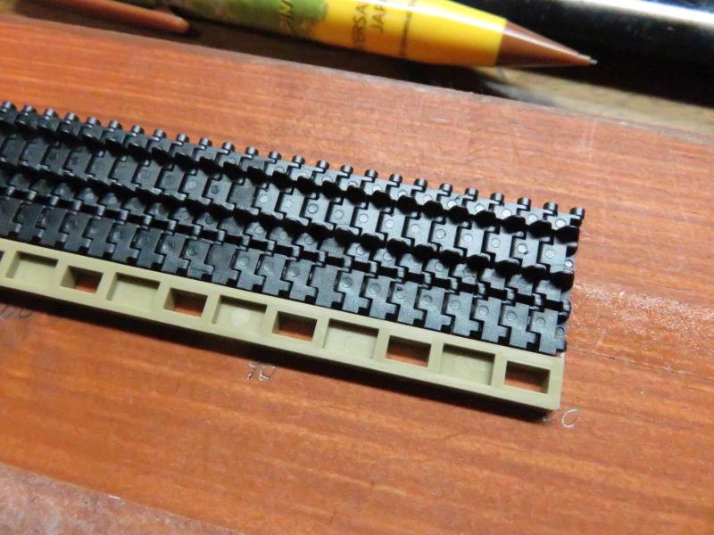ティーガーI後期型 連結式履帯の組み立て8