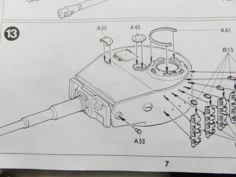 ティーガーI後期型 砲塔上面 細かいパーツの取り付け