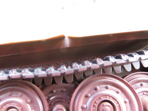 ティーガーI後期型 サーフェイサー塗装 履帯と車体の隙間