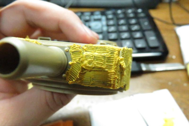 ティーガーI 砲塔正面のツィメリットコーティング