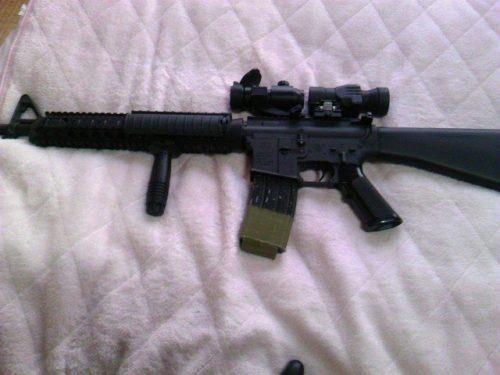 M16A4 ダットサイトとブースター