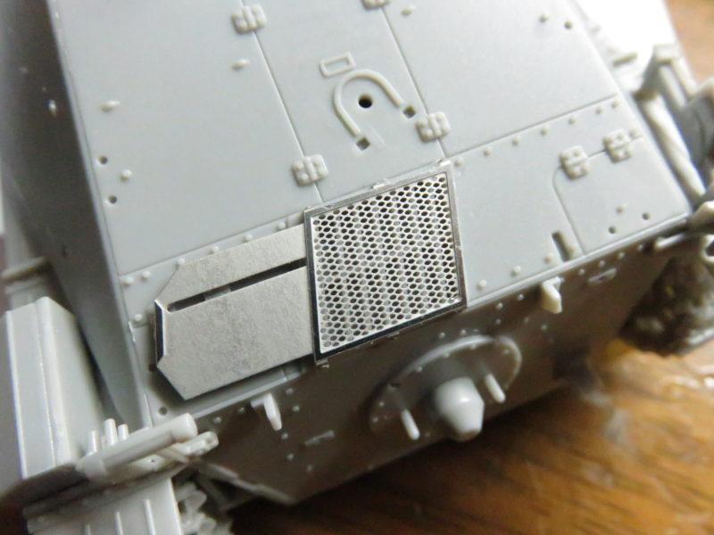 ヘッツァー エンジングリルカバー3