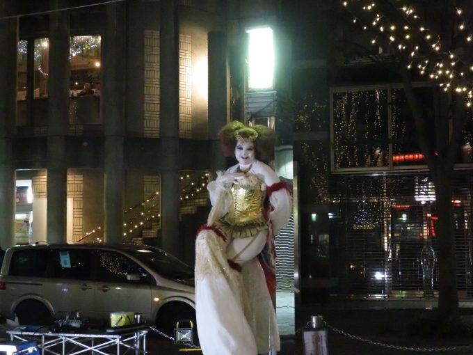 青葉イベント広場の大道芸人3