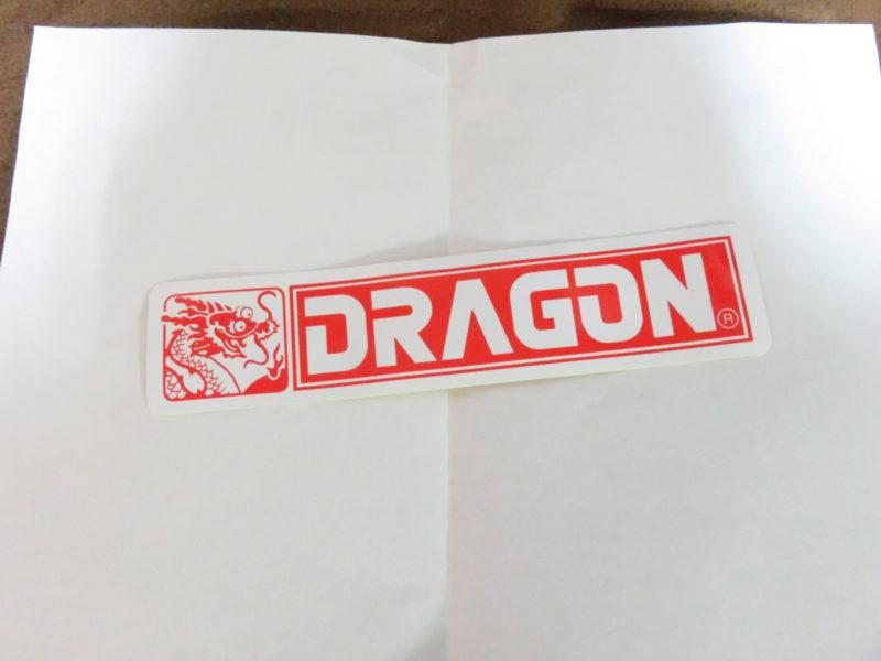 ドラゴンモデルズのロゴステッカー