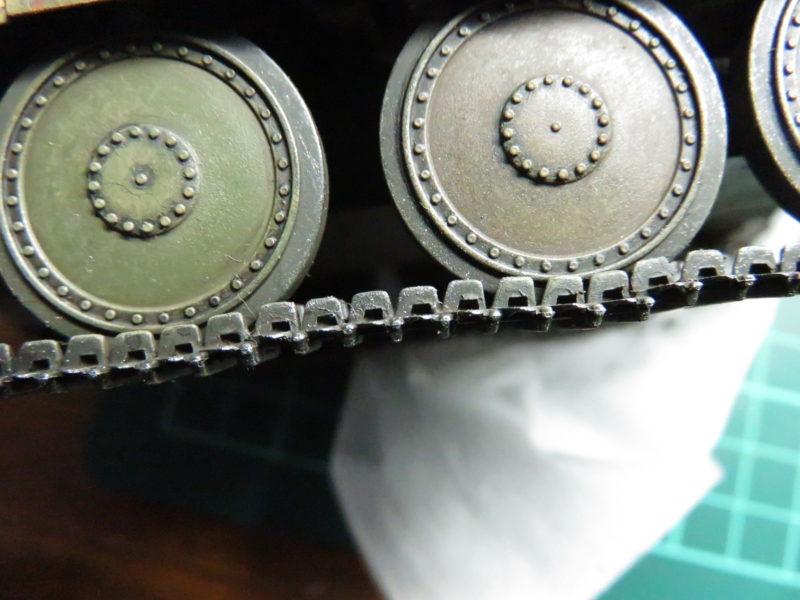ヘッツァー 履帯のドライブラシ3