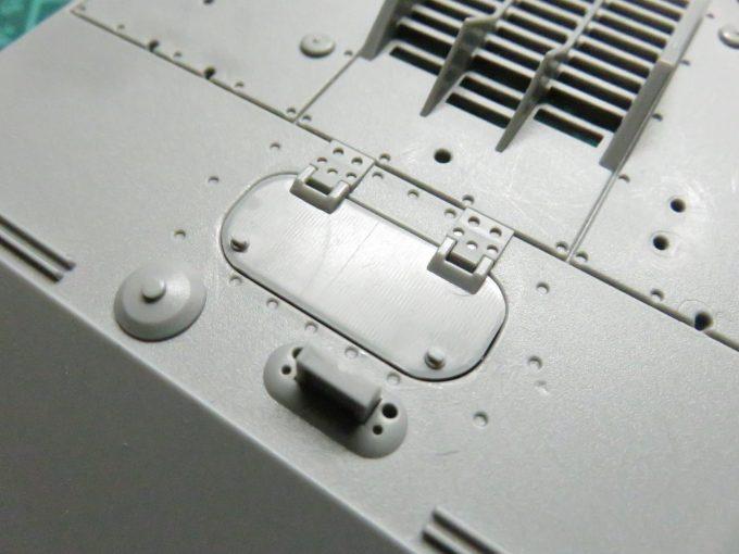 超重戦車マウス 手・操縦手用ハッチ