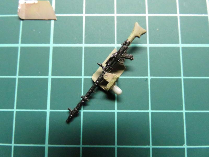 ヘッツァー 車載機銃の塗装2