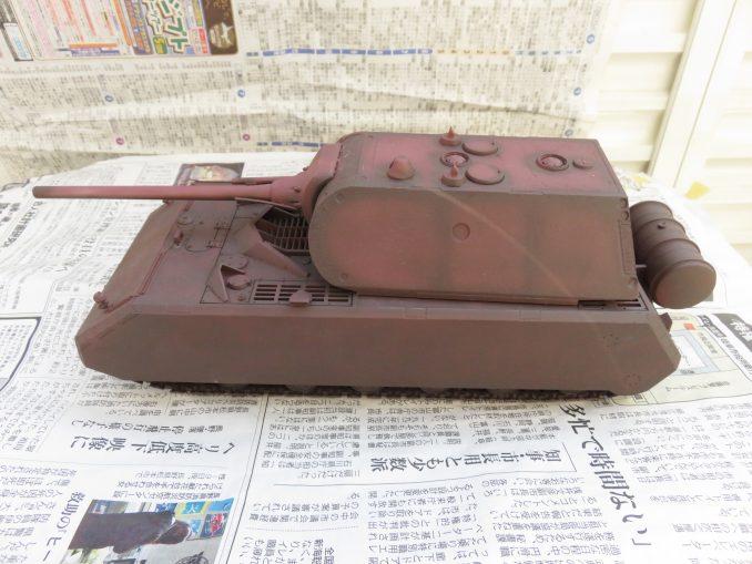 超重戦車マウス 下地塗装が終わった段階