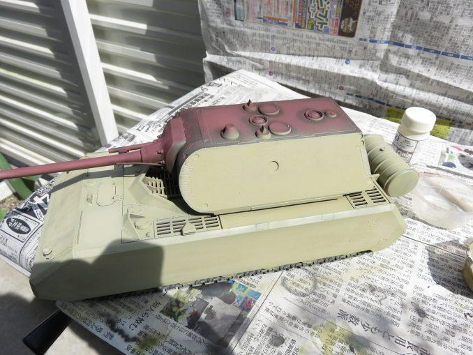 超重戦車マウス ダークイエロー塗装 車体と砲塔の塗装
