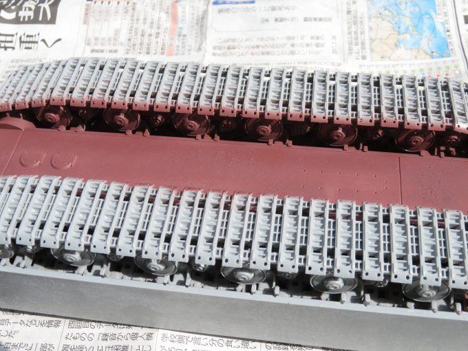 超重戦車マウス サーフェイサー(オキサイドレッド)塗装 車体底面