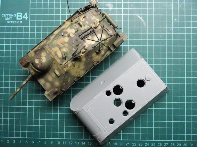 超重戦車マウスの砲身とヘッツァー