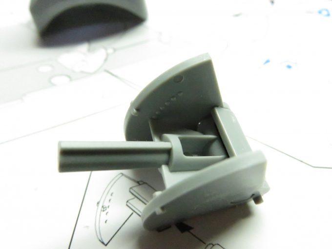 超重戦車マウス 砲塔内側のパーツ組み立て3