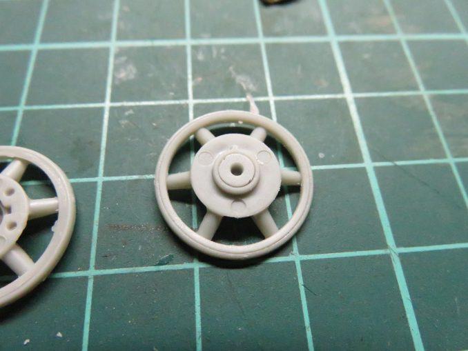 フラックワーゲン 遊動輪の組み立て