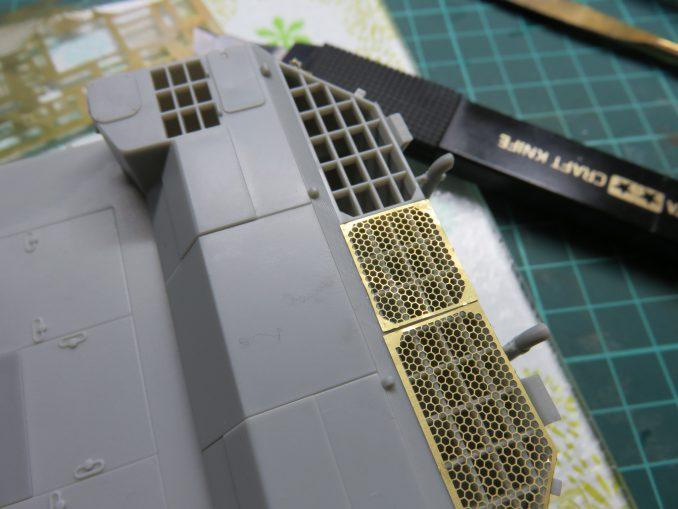 フラックワーゲン エンジングリルメッシュ3