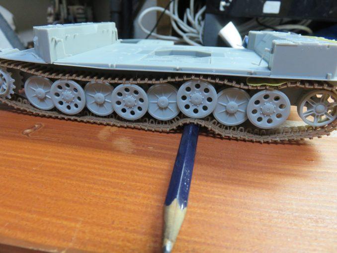 フラックワーゲン 可動式履帯の仮組み2
