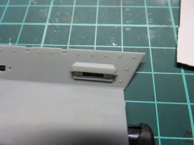 フラックワーゲン 前面装甲板 視察窓の防弾板