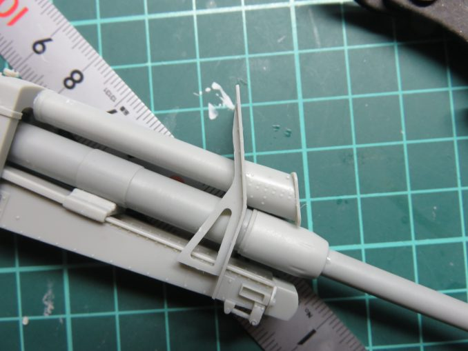 フラックワーゲン Flak41 砲身防盾の取り付け